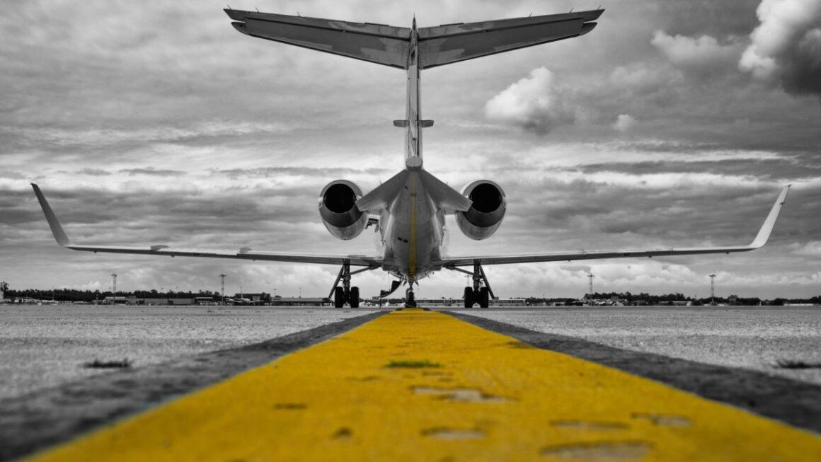 Бизнес авиация: золотые крылья стали на якорь.